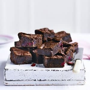 brownies-de-cereza-y-almendra-veganos.jpg