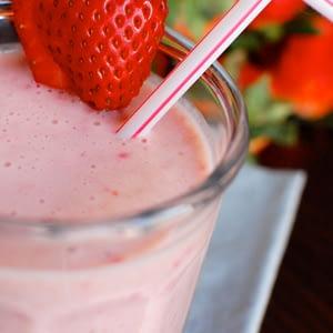 Banana Berry Yogurt Soomies (Smoothies)