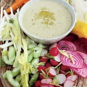 Receta de ensalada crujiente de clima fresco (con salsa que sopla la mente) Recetas de ensalada y entrantes