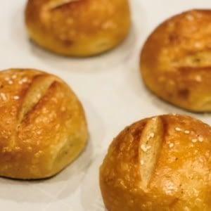 Los rollos de pan de ceto más simples