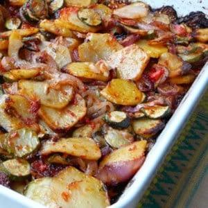 Briam (calabacín al horno griego y patatas)